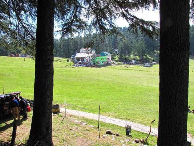 Uncrowded downtown at Khajjiar lake