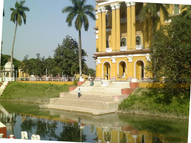 Kathgola palace and its lake