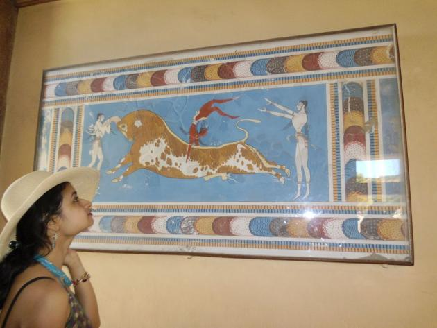Enjoying Minoan frescoes