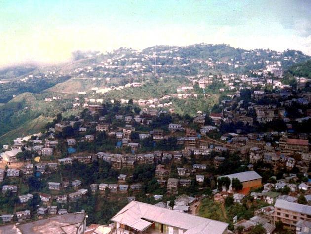 Lunglei spread over green hills