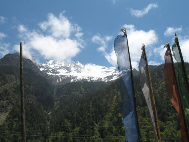 Snow covered mountain top Lachung, towards Yumthang