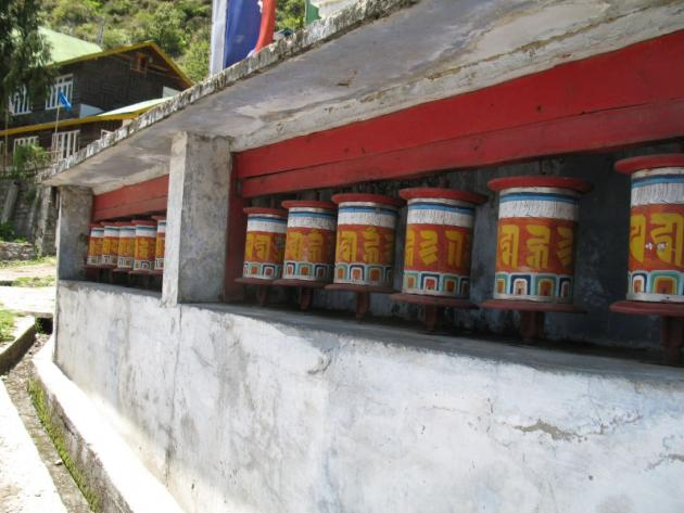 Prayer wheels at Lachung, towards Yumthang